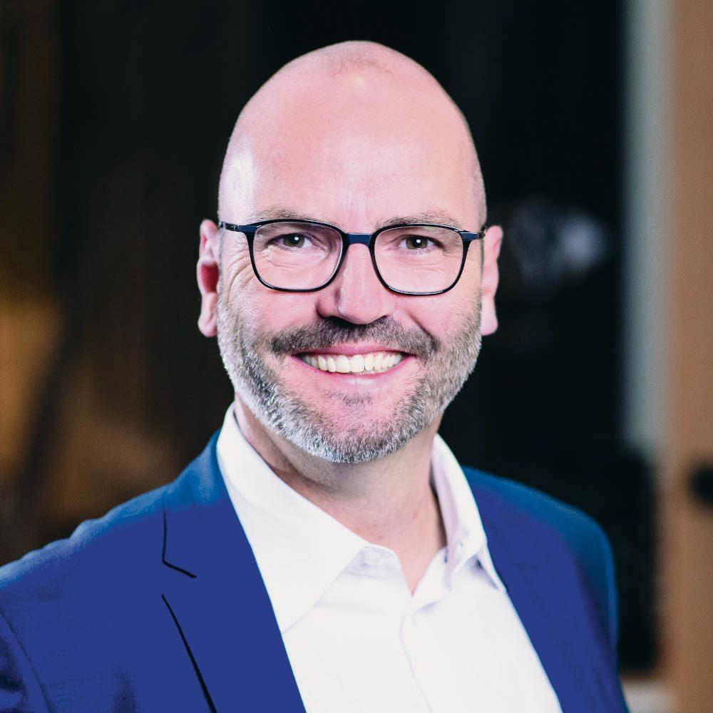 Manuel Räber ~ KAIT Solutions ~ IT-Dienstleistungen von oraïse für den Finanzmarkt