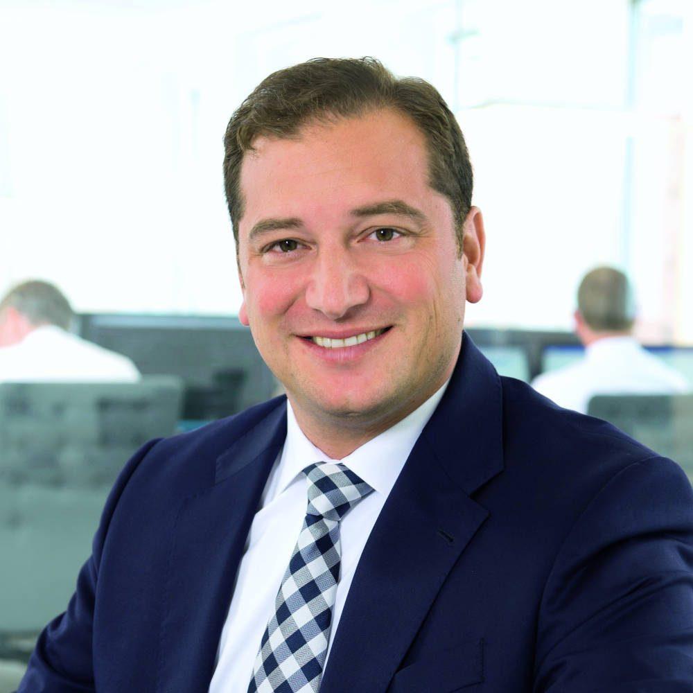 Tindaro Siragusano ~ KAIT Solutions ~ IT-Dienstleistungen von oraïse für den Finanzmarkt